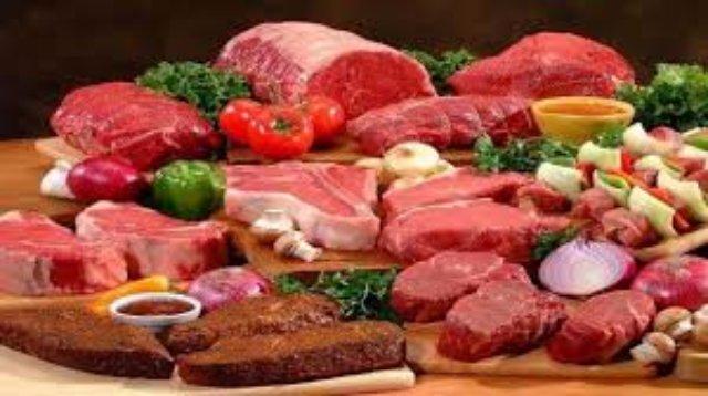 Самое свежее мясо в Киеве: свинина, говядина и колбасы