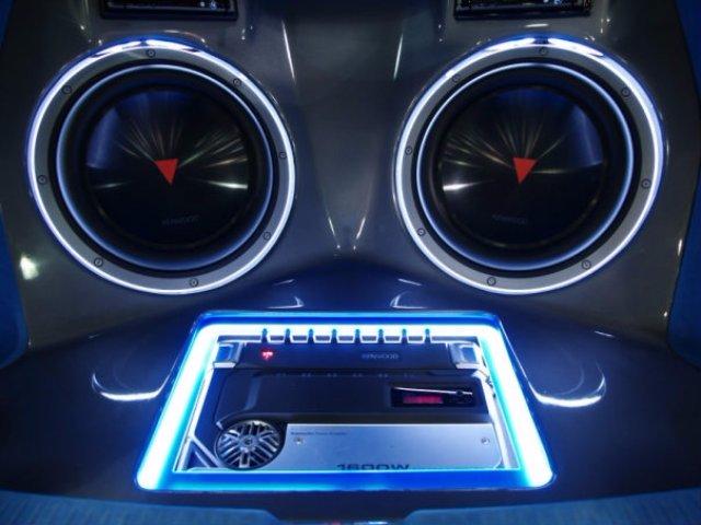 Звуковое оборудование для автомобиля