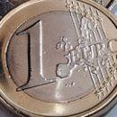Евро во II квартале показывает самый значительный подъем с 2010 года