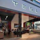 Tesla несет рекордные убытки