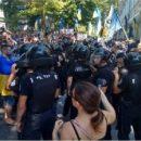 Активисты подрались с правоохранителями в Одессе
