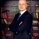 Помощь опытного адвоката по уголовным, налоговым и экономическим делам
