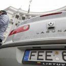Машины на еврономерах: полиция бессильна противостоять литовцам и полякам