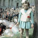 «Яценюк в детстве»: раритетное фото девочки из Львова произвело фурор в Сети