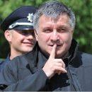 Телеканалы олигархов проигнорировали коррупцию сына Авакова