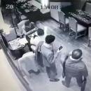 «Как двух тюленей»: Экс-министр стал жертвой ограбления в центре Киева
