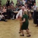 Танцующие пенсионеры «взорвали» сеть