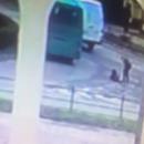 В Тернополе на ходу девушка выпала из микроавтобуса