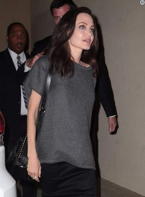 Анджелина Джоли не на шутку расстроила фанатов