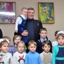 «Ленин и дети»: в Сети высмеяли снимок Захарченко в детском саду