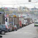 Гололед в Киеве: десятки аварий на дорогах, транспорт курсирует без графика