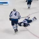 По заслугам: Лучшего хоккеиста России отправили в нокдаун (видео)