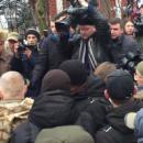 Кум Порошенко назвал активистов «борцунами»