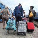 Больше половины переселенцев с Донбасса и Крыма хотят вернуться назад