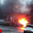 Перепутала: Автоледи нашла странное применение бензину