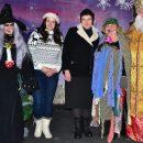 «Конкурс на лучшую Бабу-Ягу»: в сети высмеяли праздничное фото Савченко