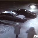 Появились кадры, как джип протаранил припаркованные машины в Одессе
