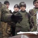 В Крыму школьников учили устанавливать мины (видео)