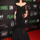 Моника Беллуччи появилась на красной дорожке в шикарном платье