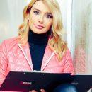 Знойная красотка: Оксану Марченко искупали в комплиментах