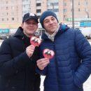 В Луганске дарили валентинки с портретом Сталина