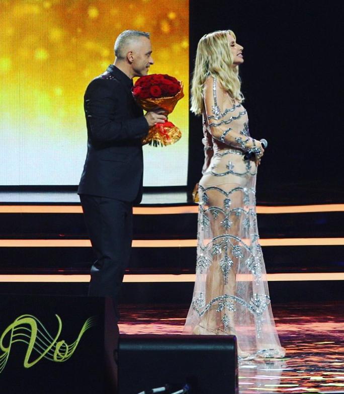 Беременную Лободу раскритиковали за прозрачное платье
