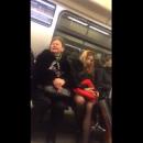 Богиня с тобой разговаривает! Пассажиры сняли «ТП», которая снизошла до метро