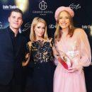 Катя Осадчая с Пэрис Хилтон позировали на камеры во Львове