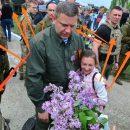 «Герой» войны: в сети смеются над фото главаря ДНР с ребенком