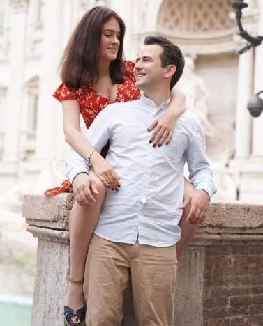 Маша Собко похвасталась романтичными фото с мужем