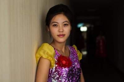 Там не знаю ничего о моде: в сети показали, как живется женщинам в Северной Корее (ФОТО)