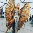 Оля Полякова блистала в золотом платье с пикантным разрезом