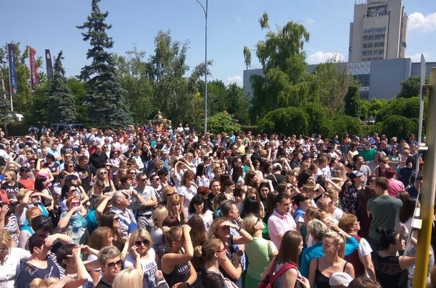 В сети шутят над фото магазинного «майдана» в Крыму