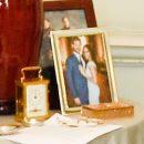 Приняла в семью: мир обсуждает новое фото Меган Маркл на столе Елизаветы ІІ