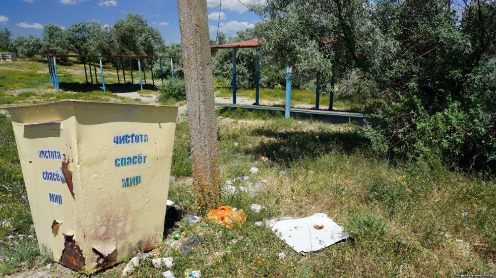 «Превратился в пустыню» — показали упадок города без воды в Крыму