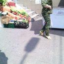 Воюет на каблуках: Сеть насмешило нелепое фото женщины-боевика на Донбассе