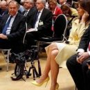 «Дипломатия взглядов»: Засмотревшийся на жену Трампа Лавров, насмешил Сеть
