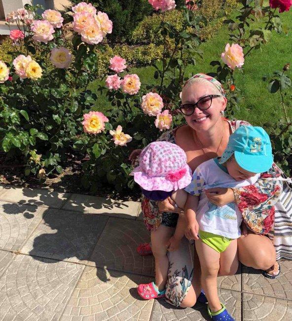 Екатерина Бужинская показала своих детей