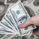 Нацбанк шокировал курсом доллара