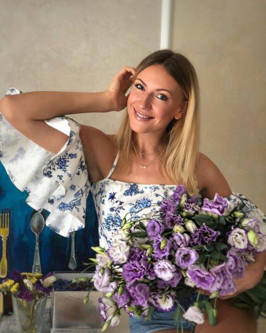 Леся Никитюк в нежном образе заинтриговала поклонников