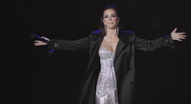 Ани Лорак расплакалась прямо во время концерта