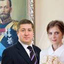 «А где Николай II?» В сети жестко высмеяли нелепую свадьбу Поклонской