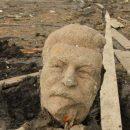 В России нашли памятник Сталину, затопленный полвека назад