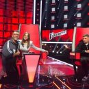 Ани Лорак заинтриговала снимком с российским певцом