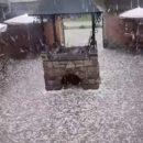 В Сети появились кадры сильнейшей бури в Яремче (видео)