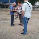 Контролеры в общественном транспорте Днепра «обдирают» пенсионеров, -соцсети (видео)