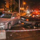 В Киеве пьяный водитель Ford жестко разнес припаркованный KIA