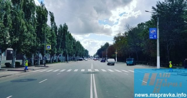 Вдоль украинских дорог появляются «пугала» для водителей