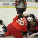 В Москве во время матча скончался хоккеист (видео)