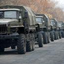 СМИ: В Симферополь движется колонна военной техники (видео)